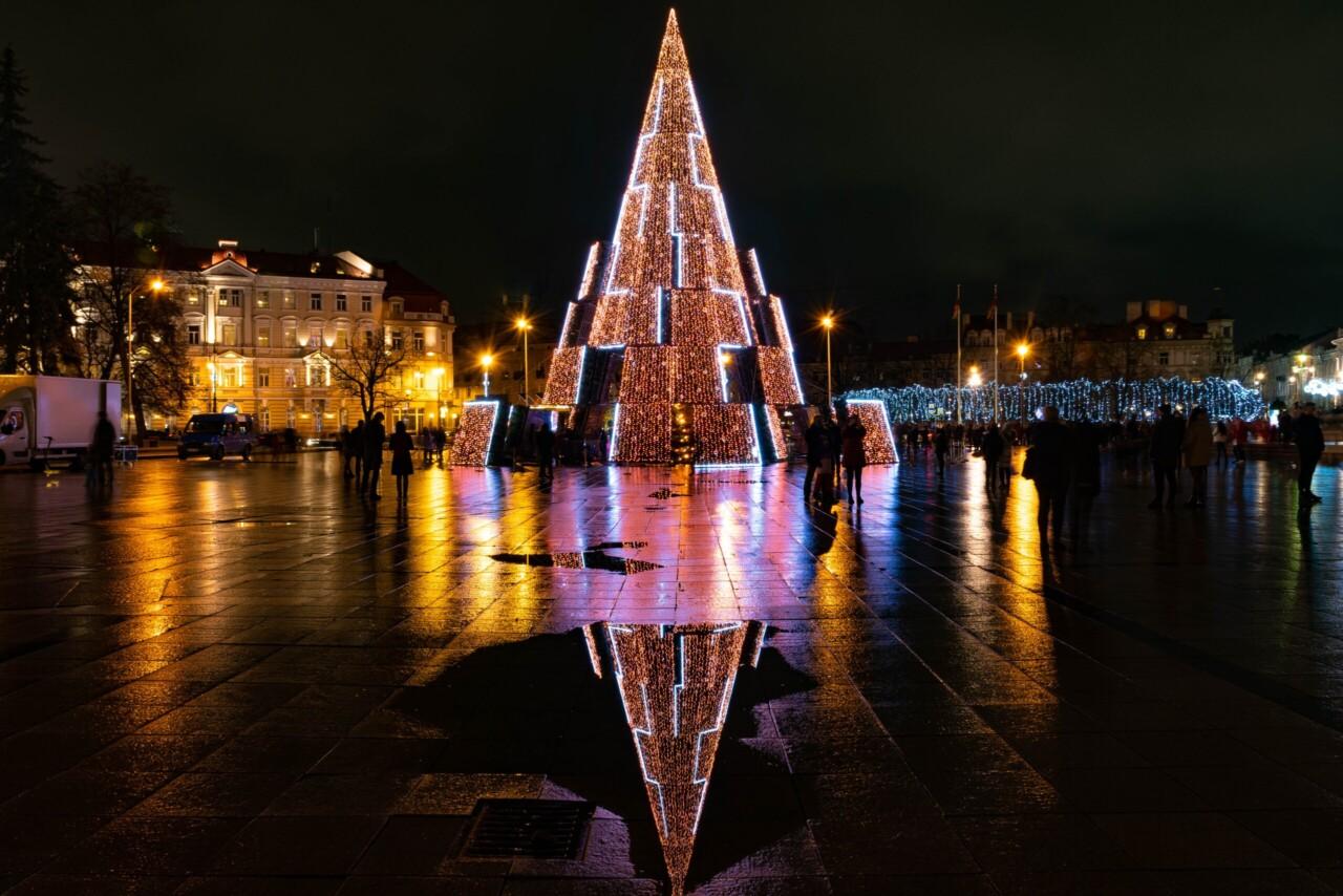 Su Šventom Kalėdom ir Naujaisiais Metais!